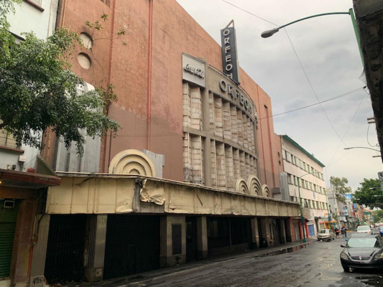 Durante sus últimos años, el cine Orfeón funcionó como teatro