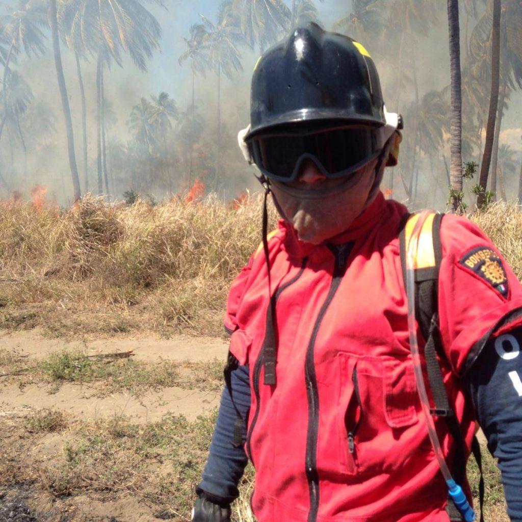 Chava es bombero desde hace 20 años y nos contó sobre su trabajo.