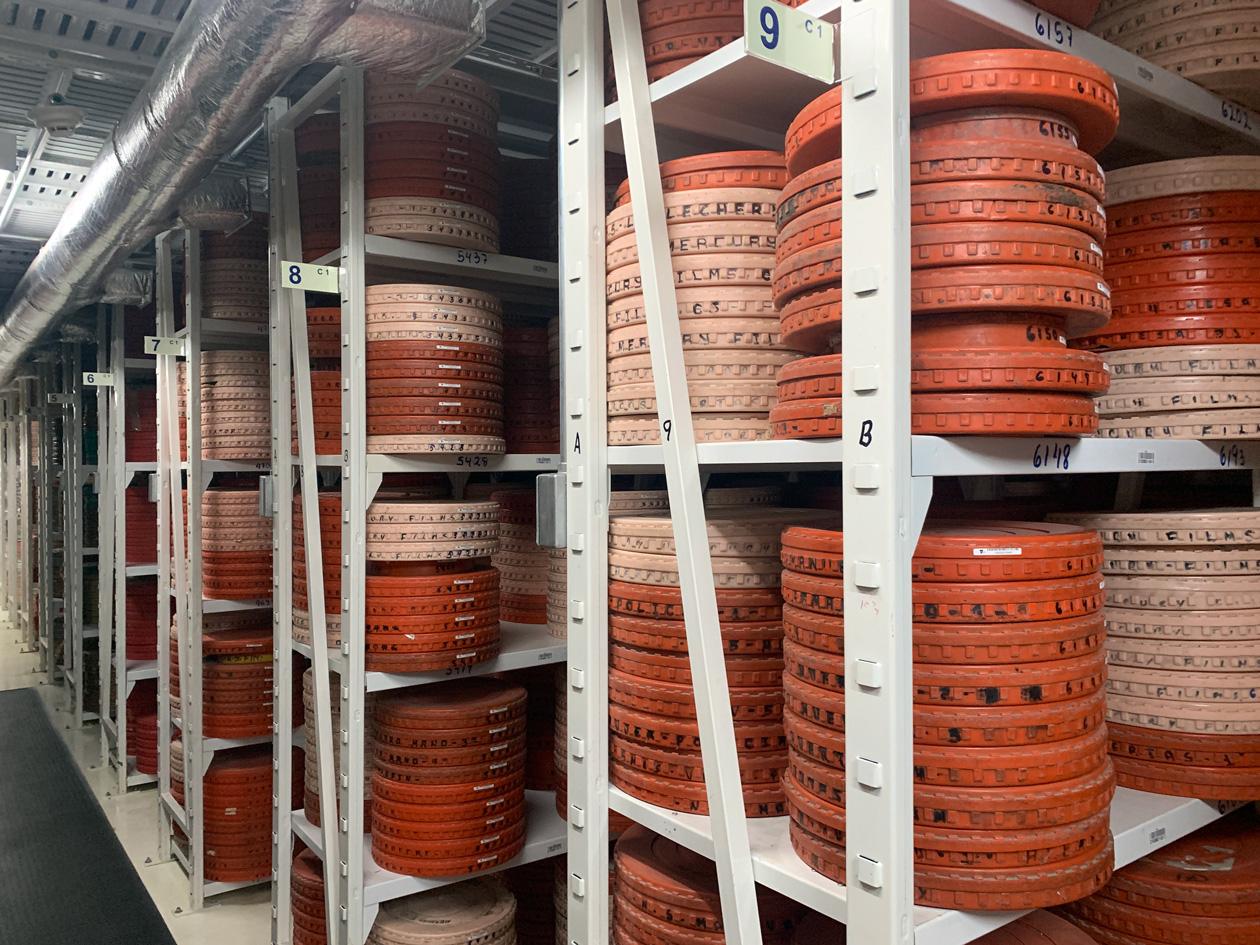 Así son las bóvedas de la Filmoteca de la UNAM