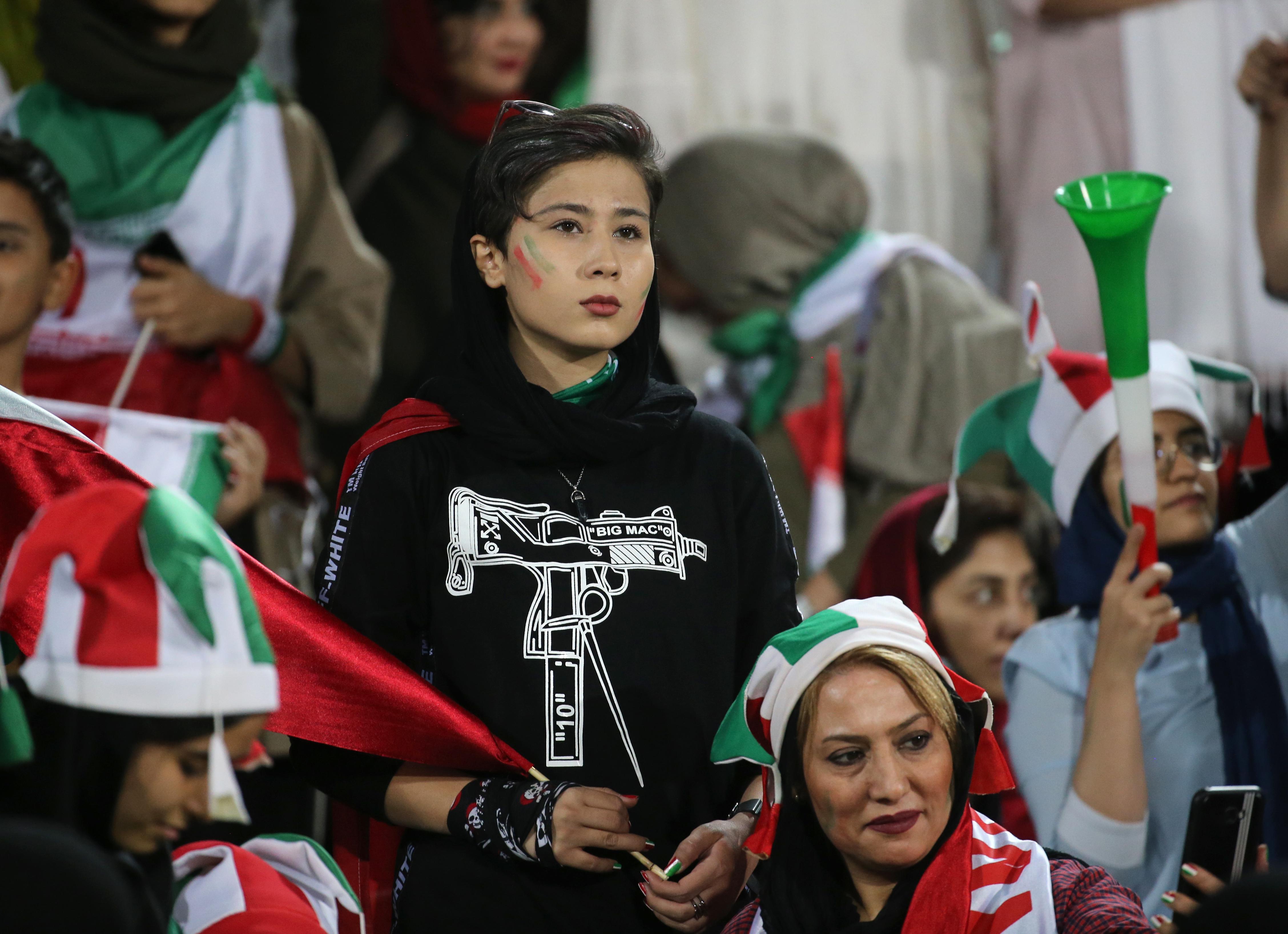 mujeres iran futbol estadios partidos