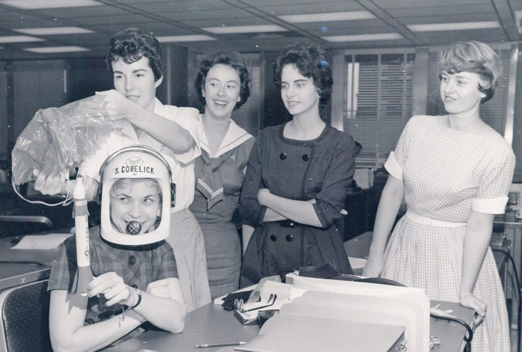 caminata-espacial-femenina-nasa-mujeres-espacio-astronautas-mercury-13