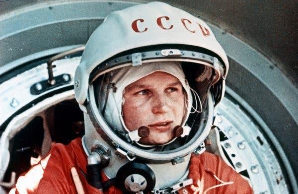 caminata-espacial-femenina-nasa-mujeres-espacio-astronautas-valentina-tereshkova