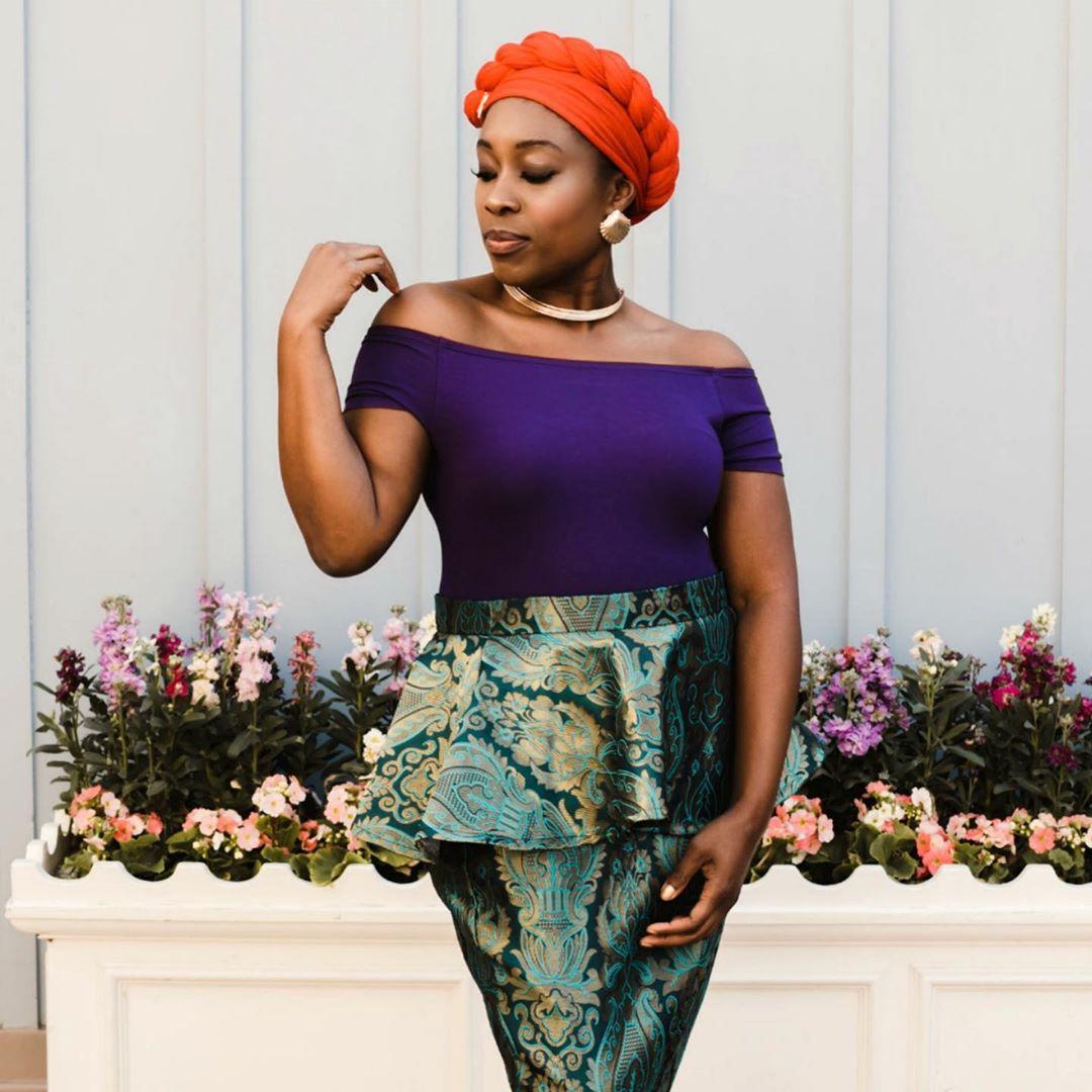 mujeres negras se transforman en princesas de disney