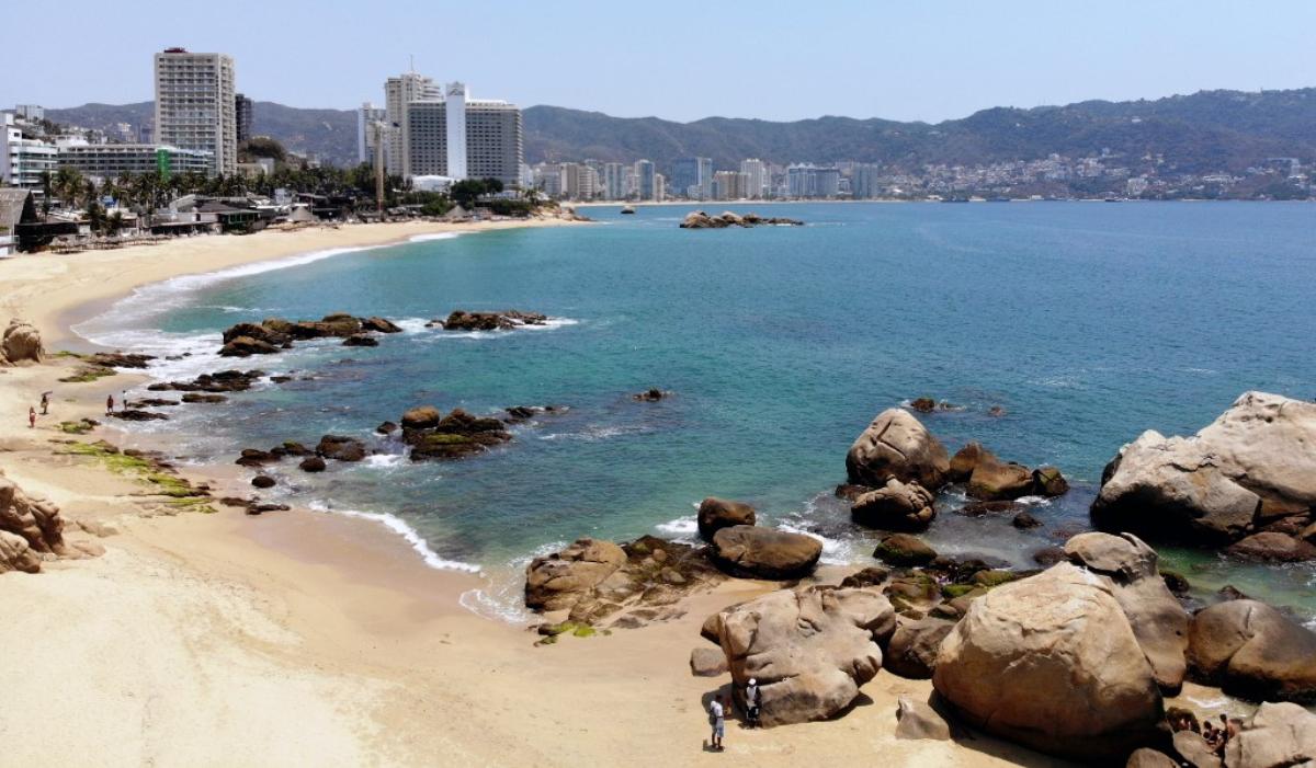 playas-acapulco-limpias-sin-gente-coronavirus