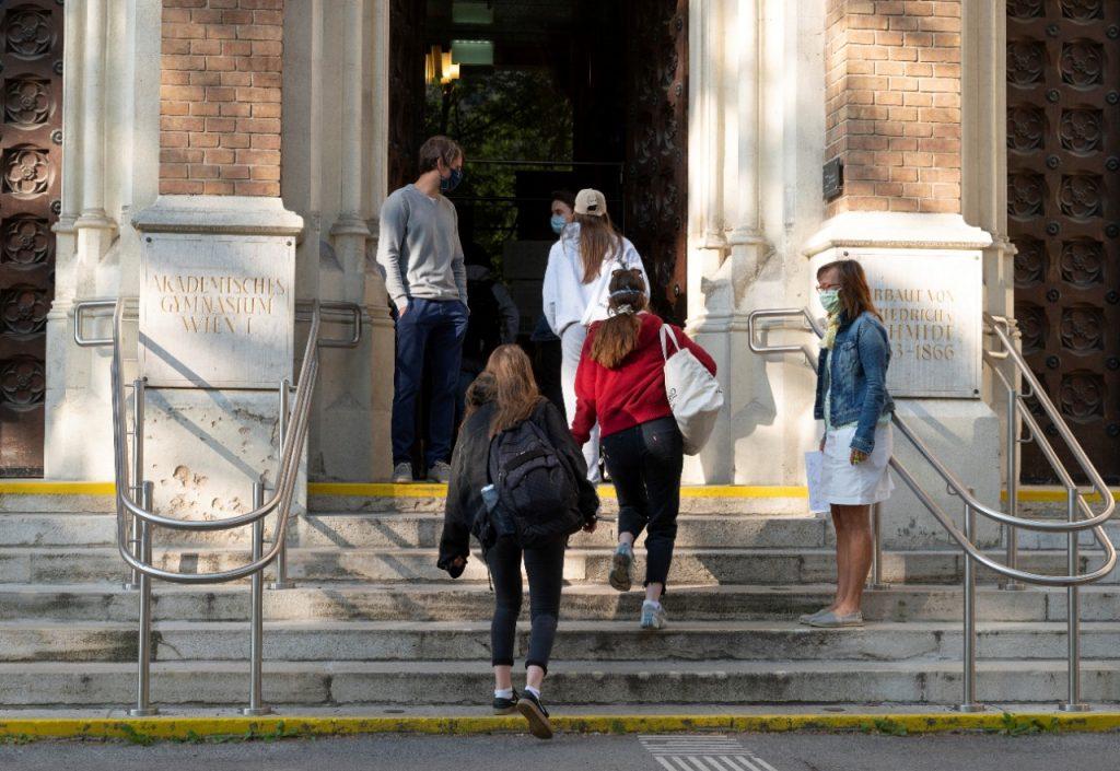 Las clases han regresado a Austria. Foto: AFP