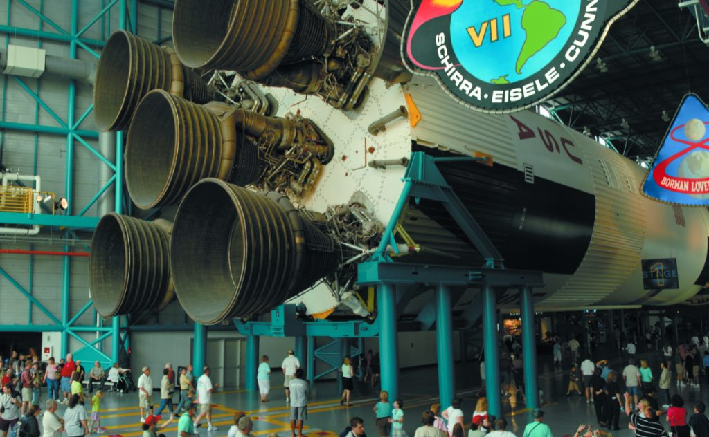 El Saturn V mide 111 metros de largo. Foto: Cortesía NASA Kennedy Space Center
