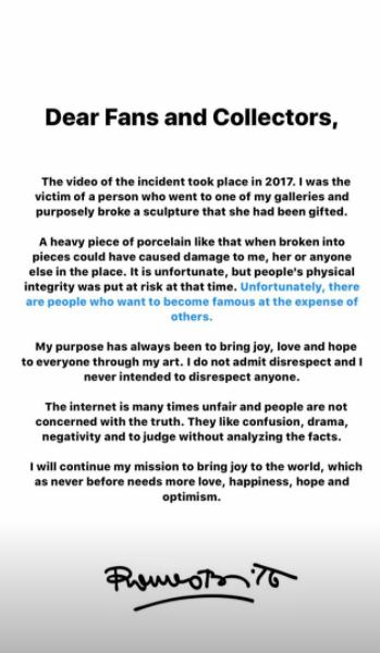 El artista Romero Britto publicó una carta explicando que el incidente con la mujer que rompió su obra.