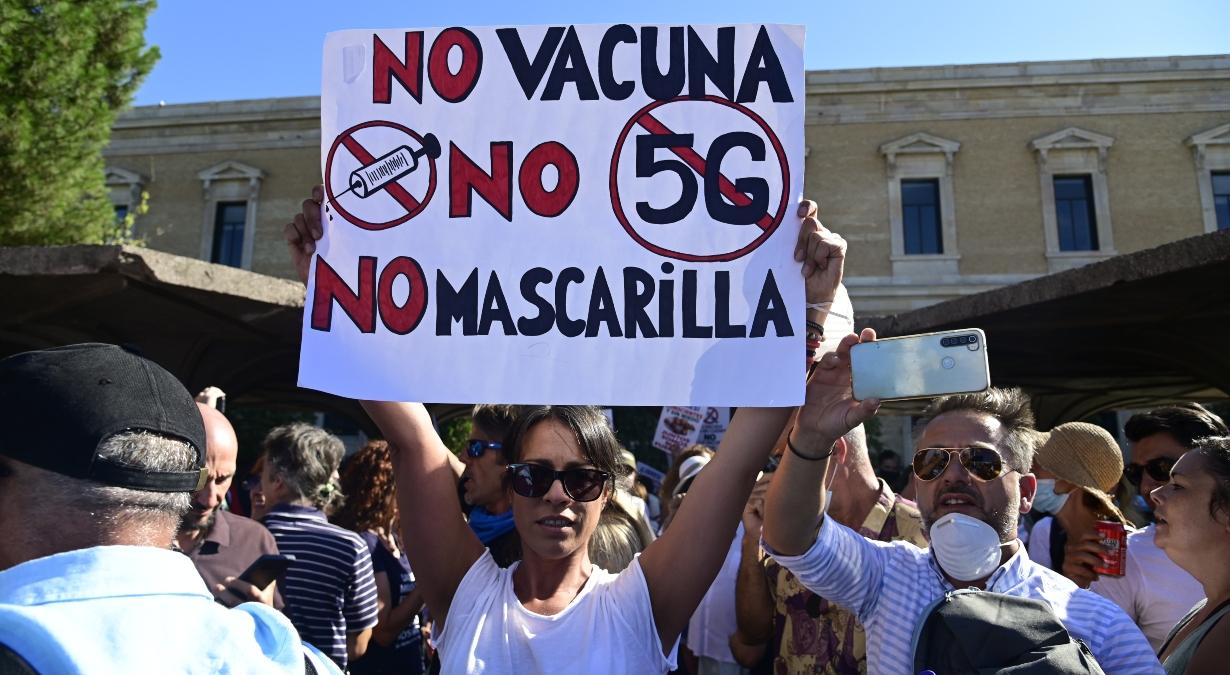 manifestacion espana cubrebocas