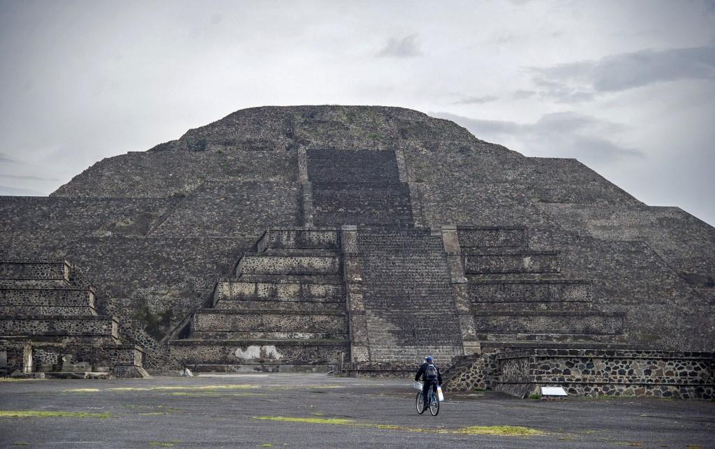Está prohibido subir a las pirámides de Teotihuacan. Foto: Claudio Cruz | AFP
