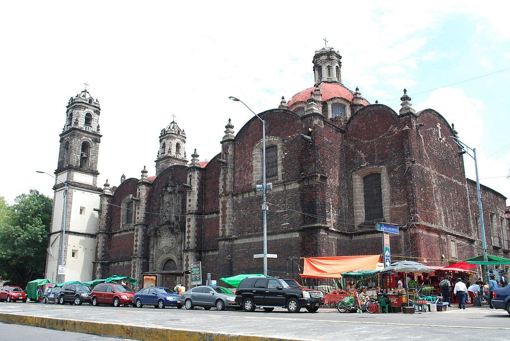 El templo de la Santa Veracruz en CDMX fue construido en 1600. Foto: Wikimedia Commons