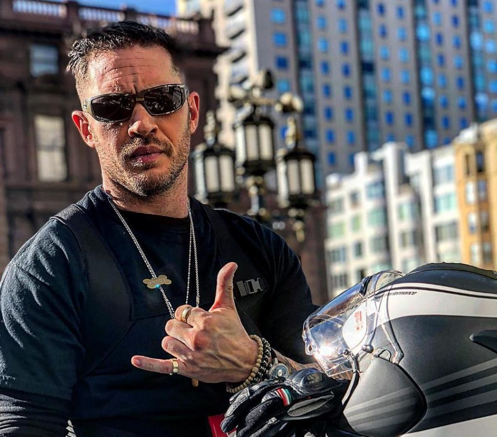 El actor ayudó persiguió a unos ladrones en motocicleta. Foto: IG @tomhardy