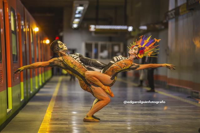 La locación estrella de este año para Danzatrinas fue el Metro de la Ciudad de México. Foto: Cortesía Edgar Olguín