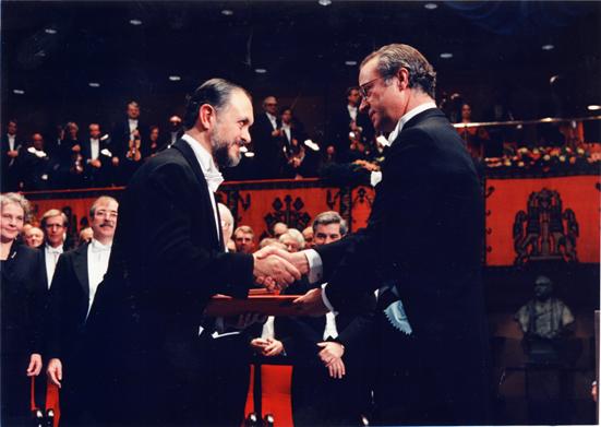 Mario Molina recibió el Premio Nobel de Química en 1995. Foto: tomada de la página oficial del Centro Mario Molina