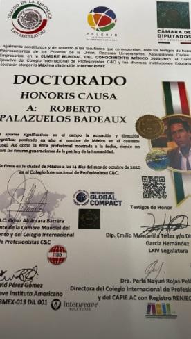 El título que recibió el actor. Instagram: Roberto Palazuelos