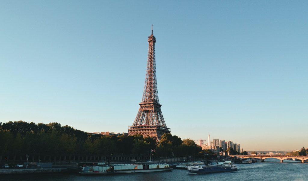 La Torre Eiffel es uno de los monumentos más visitados en el mundo. Foto: Unsplash