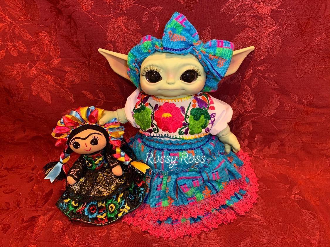Baby Yoda trajes tipicos de mexico