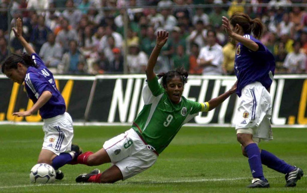 Ante más de 100 mil espectadores en el Estadio Azteca, la selección nacional de futbol Femenil empató por dos goles contra sus similar de Japón rumbo a la copa del mundial femenil en Estados Unidos. FOTO: Juan Pablo Zamora/CUARTOSCURO.COM