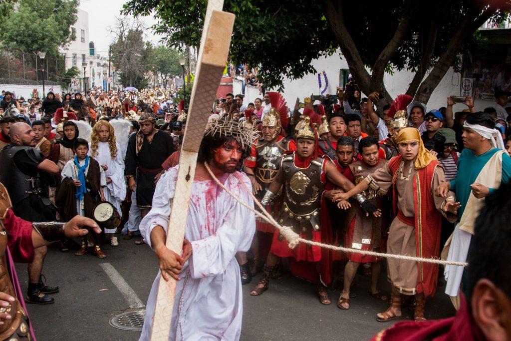 La persona encargada en representar a Cristo sólo podrá hacerlo una vez en su vida. Foto: Cuartoscuro
