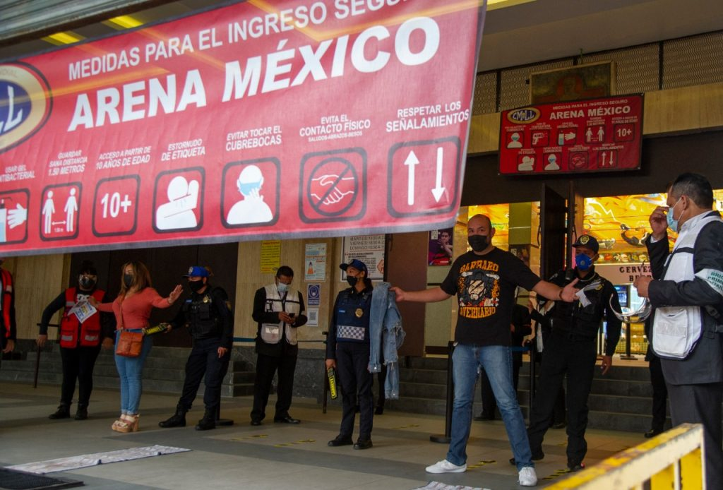 Desde hace más de un año, los fans pudieron ver en vivo la lucha libre. Foto: AFP