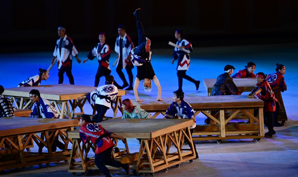 Cientos de bailarines hicieron la inauguración para el mundo entero. Foto: Franck Fife / AFP