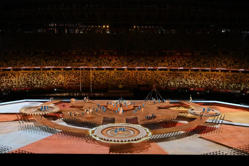 El Estadio Olímpico de Tokio se iluminó durante la Ceremonia de Inauguración de los Juegos Paralímpicos de Tokio 2020. Foto: Charly Triballeau | AFP